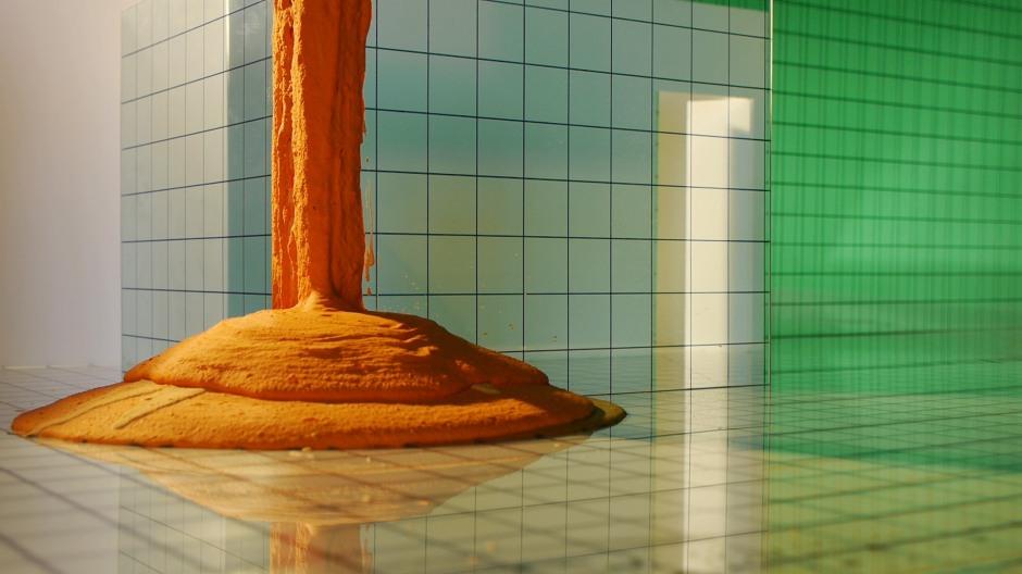Szuper Gallery, Liquid Trust, 2014, video still, Courtesy Szuper Gallery and GRAD [1]